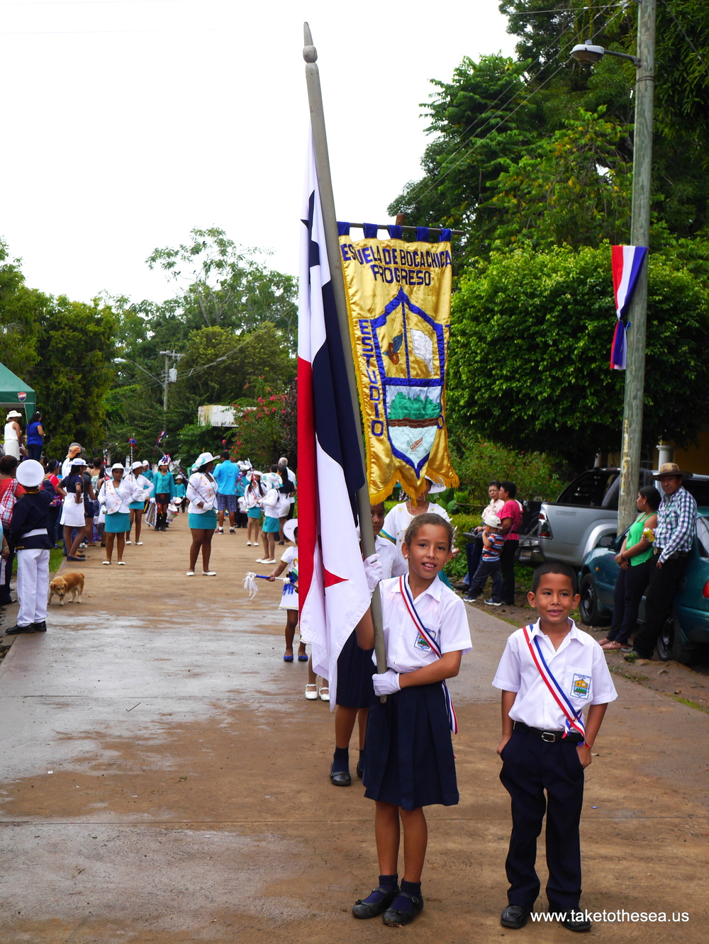 Parade in Boca Chica to celebrate Flag Day - I couldn't stay away, I love these kiddos too much.